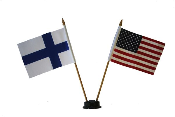 "FINLAND & USA SMALL 4"" X 6"" INCHES MINI DOUBLE COUNTRY STICK FLAG BANNER ON A 10 INCHES PLASTIC POLE .. NEW AND IN A PACKAGE"