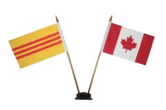 """SOUTH VIETNAM & CANADA SMALL 4"""" X 6"""" INCHES MINI DOUBLE COUNTRY STICK FLAG BANNER ON A 10 INCHES PLASTIC POLE .. NEW AND IN A PACKAGE"""