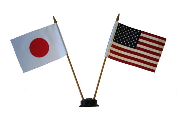 "JAPAN & USA SMALL 4"" X 6"" INCHES MINI DOUBLE COUNTRY STICK FLAG BANNER ON A 10 INCHES PLASTIC POLE .. NEW AND IN A PACKAGE"