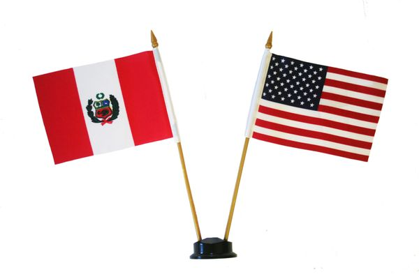 "PERU & USA SMALL 4"" X 6"" INCHES MINI DOUBLE COUNTRY STICK FLAG BANNER ON A 10 INCHES PLASTIC POLE .. NEW AND IN A PACKAGE"