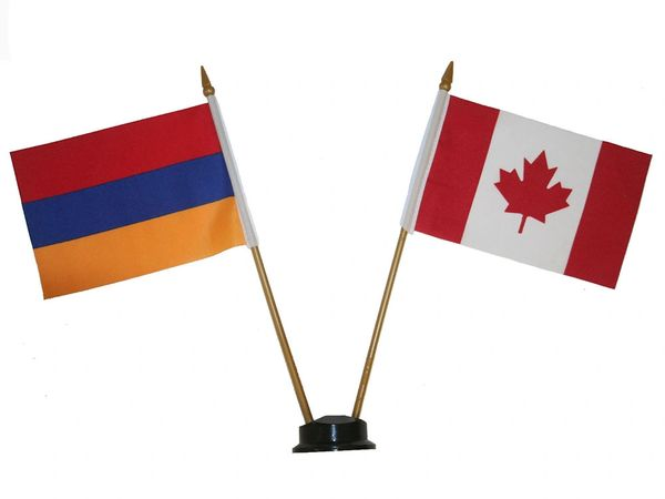 "ARMENIA & CANADA SMALL 4"" X 6"" INCHES MINI DOUBLE COUNTRY STICK FLAG BANNER ON A 10 INCHES PLASTIC POLE .. NEW AND IN A PACKAGE"