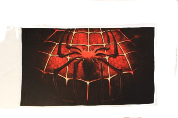 SPIDER - MAN 3' X 5' FEET PICTURE FLAG BANNER .. NEW AND IN A PACKAGE