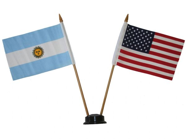 "ARGENTINA & USA SMALL 4"" X 6"" INCHES MINI DOUBLE COUNTRY STICK FLAG BANNER ON A 10 INCHES PLASTIC POLE .. NEW AND IN A PACKAGE"