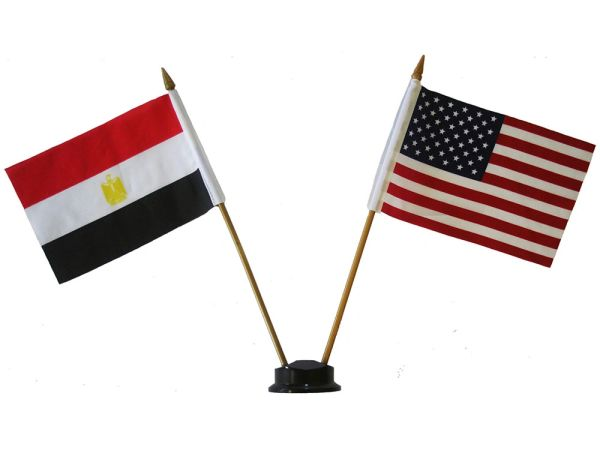 "EGYPT & USA SMALL 4"" X 6"" INCHES MINI DOUBLE COUNTRY STICK FLAG BANNER ON A 10 INCHES PLASTIC POLE .. NEW AND IN A PACKAGE"