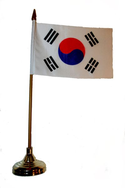"SOUTH KOREA 4"" X 6"" INCHES MINI COUNTRY STICK FLAG BANNER WITH GOLD STAND ON A 10 INCHES PLASTIC POLE .. NEW AND IN A PACKAGE."