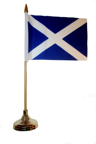 "SCOTLAND ST. ANDREW CROSS 4"" X 6"" INCHES MINI COUNTRY STICK FLAG BANNER WITH GOLD STAND ON A 10 INCHES PLASTIC POLE .. NEW AND IN A PACKAGE."