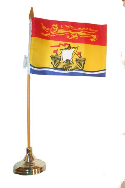 """NEW BRUNSWICK - CANADA PROVINCIAL FLAG 4"""" X 6"""" INCHES MINI STICK FLAG BANNER WITH GOLD STAND ON A 10 INCHES PLASTIC POLE .. NEW AND IN A PACKAGE."""