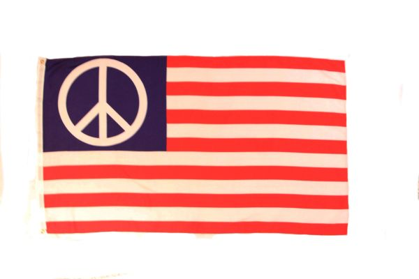 USA PEACE LARGE 3' X 5' FEET FLAG BANNER .. NEW AND IN A PACKAGE