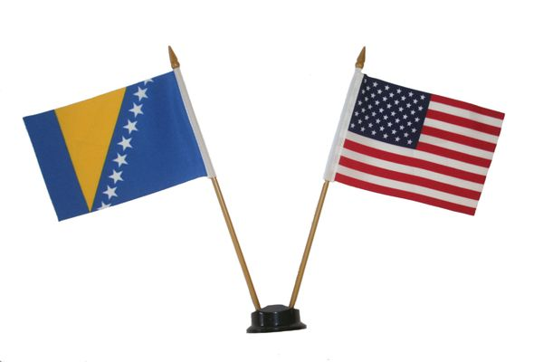 "BOSNIA - HERZEGOVINA & USA SMALL 4"" X 6"" INCHES MINI DOUBLE COUNTRY STICK FLAG BANNER ON A 10 INCHES PLASTIC POLE .. NEW AND IN A PACKAGE"