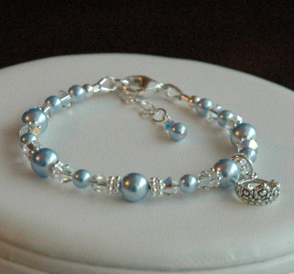 Child Princess Bracelet, Flower Girl Bracelet, First Communion Bracelet, Baptism Bracelet, First Baby Pearls Bracelet