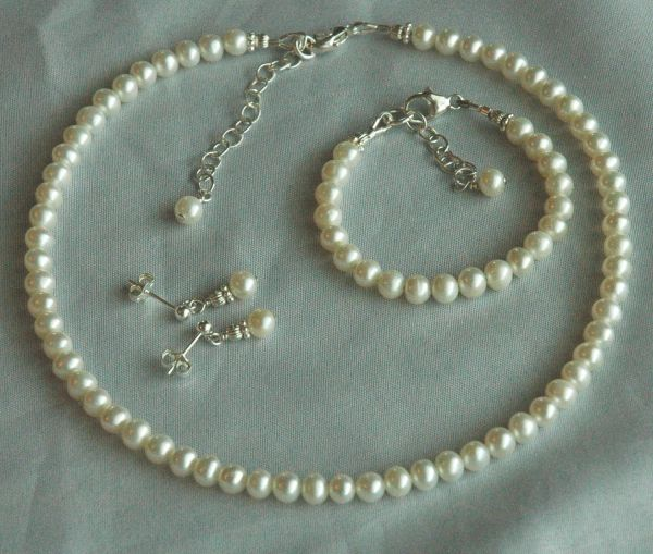 Freshwater Pearl Custom Children Necklace/ Bracelet/Earrings, Flower Girls Set