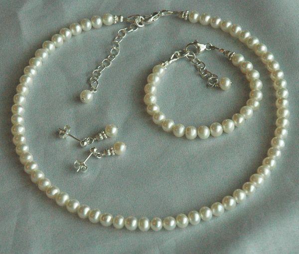 Freshwater Pearl Custom Children Necklace/ Bracelet/Earrings, Flower Girls Set