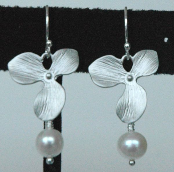 Sterling Silver Orchid Freshwater Pearl Earrings