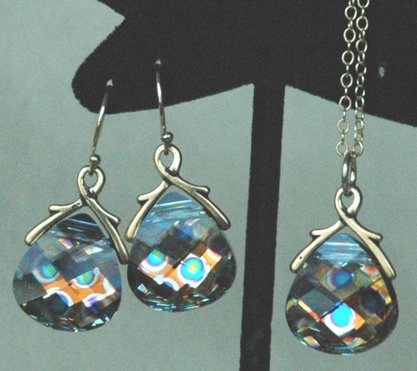 Large Peacock Eye - Gold Filled Teardrop Swarovski Crystal Earrings and Pendant -- SET