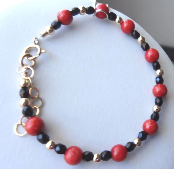 Gold Red Coral and Black Crystal Children Bracelet, Flower Girl Bracelet, Baby Red Bracelet, Protection Bracelet, Baptism, Red and Black