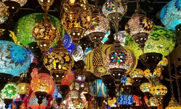Bazaar of Lights