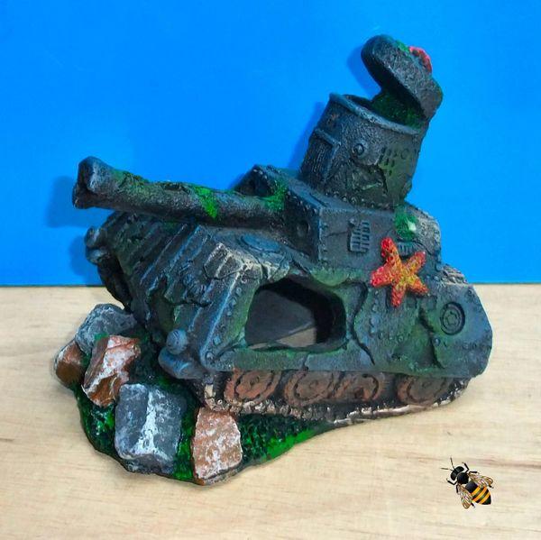 Army Tank Wreck Rocks Air Bubbler Aquarium Ornament Fish Decoration Vehicle