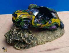 Old Car Mini Wreckage Fish Tank Ornament Aquarium Decoration Cave