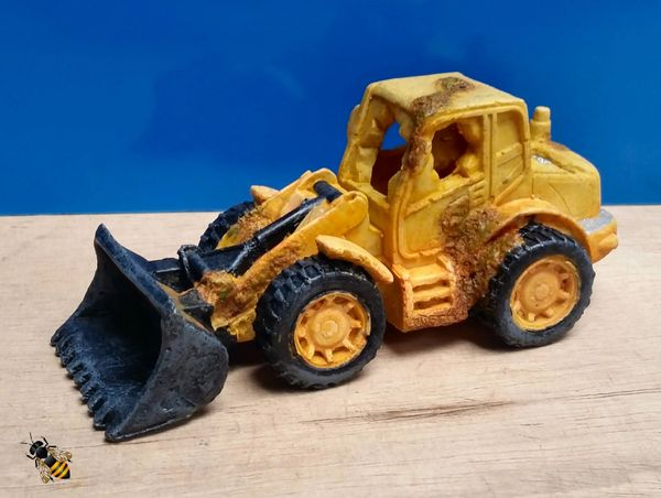 Aquarium Ornament Digger Loader Bulldozer Wreck Fish Tank