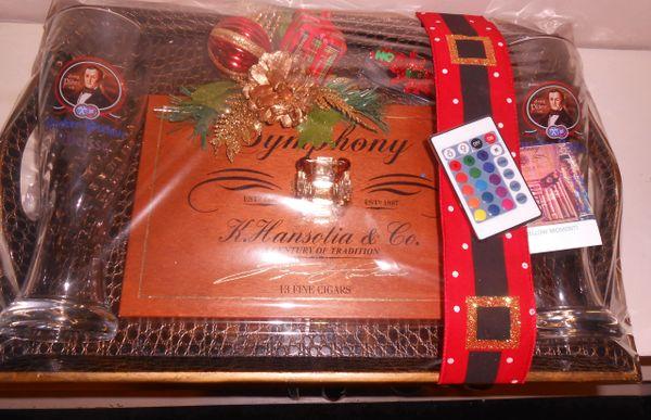 Premium Cigar Christmas Moment