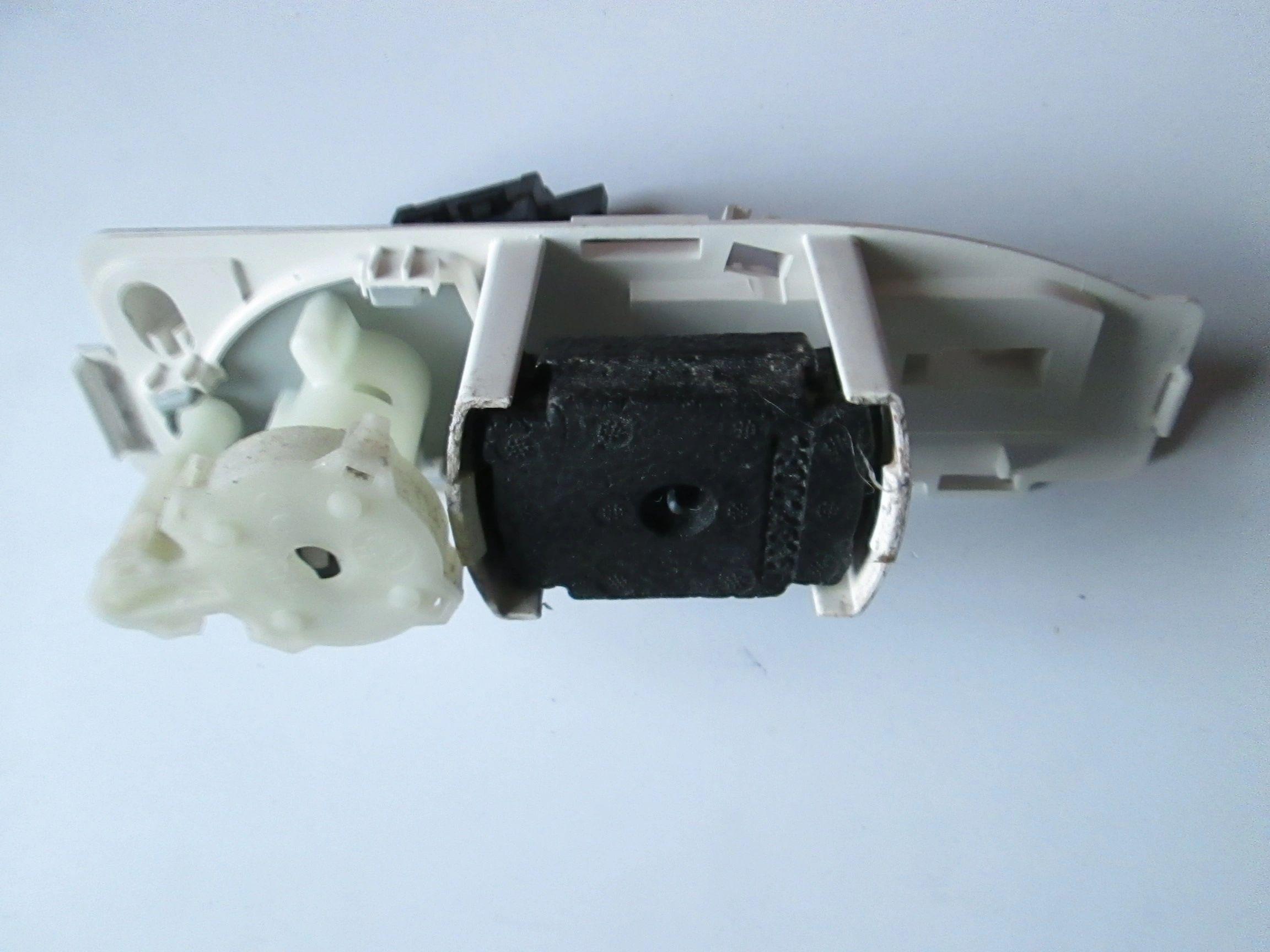 Water Pump Condenser for HOTPOINT TCM570G TCM570P TCM580G TCM580P Tumble Dryer