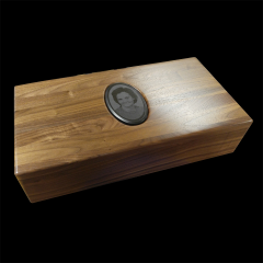 WALNUT MEMORY BOX