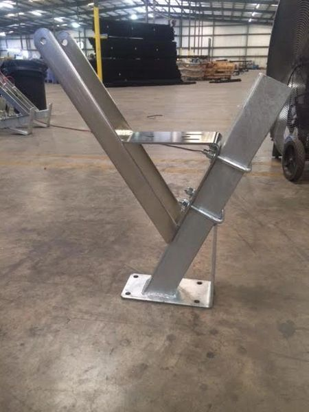 Bow Stop winch stand