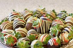 Hand-Dipped Chocolate Covered Strawberries