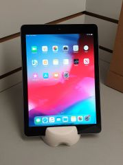 iPad 6th Generation 2018 Model 32GB Space Grey MR72B/A