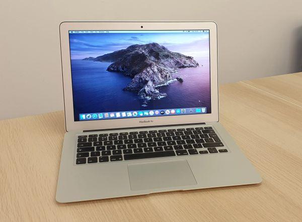 "Apple MacBook Air 13""3-inch Display - Intel Core i5 -8GB Ram -128GB Flash Drive - Latest mac OS"