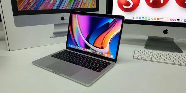 "Apple MacBook Pro 13"" Space Grey / Intel i5, 16GB Ram & 256GB SSD"
