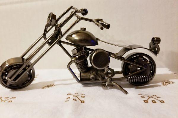 Metal motorcycle M009