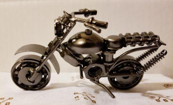 Metal motorcycle M002