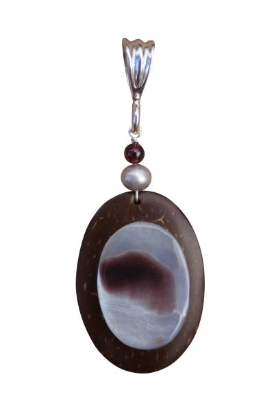 Sterling Silver, Coconut & Hammer Shell Pendant