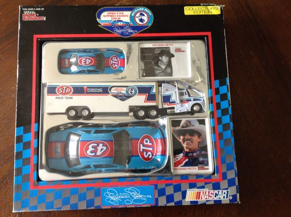 Richard Petty 1992 Collector's Edition