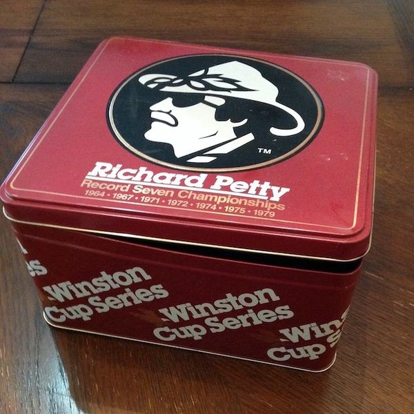 Richard Petty Winston Cup Collectable Tin