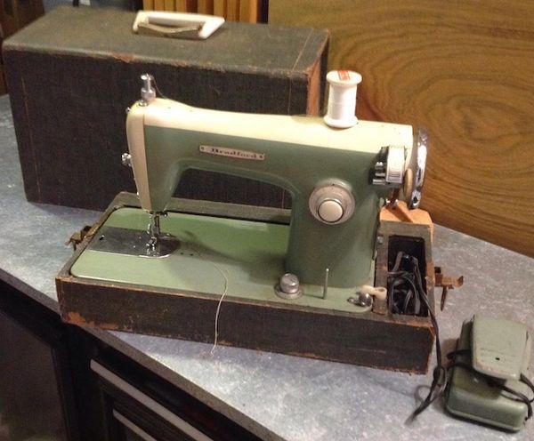 Bradford Antique Sewing Machine Model 7792