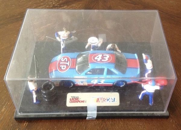 Collectable Richard Petty and Pit Crew