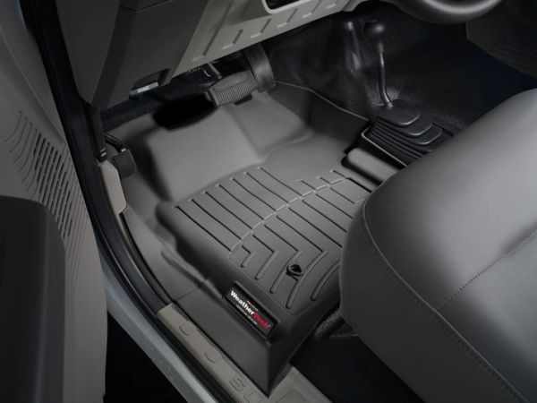 WeatherTech Front FloorLiner F250/F350/F450/F550 1999-2007 ALL Cabs WITH 4x4 Floor Shifter