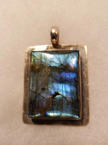 Laberadorite in sterling pendant