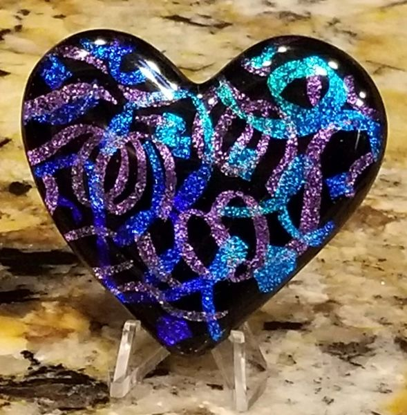 Etched Dichroic Glass Memorial Display Heart:Just Streamers