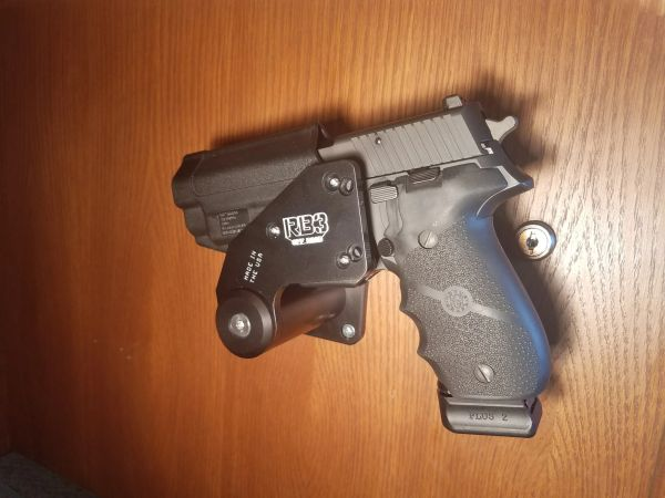 PRO 3 SIDE HOLSTER MOUNT