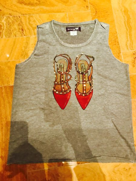 Red rockstud t-shirt