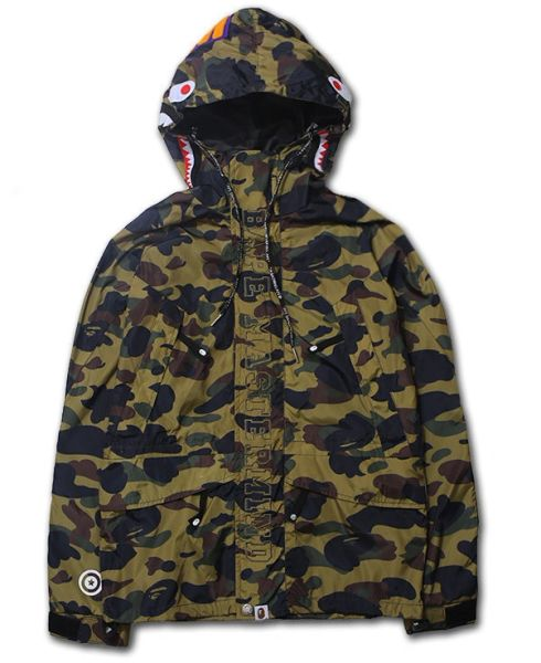 WINDBREAKER By Bathing Ape ®