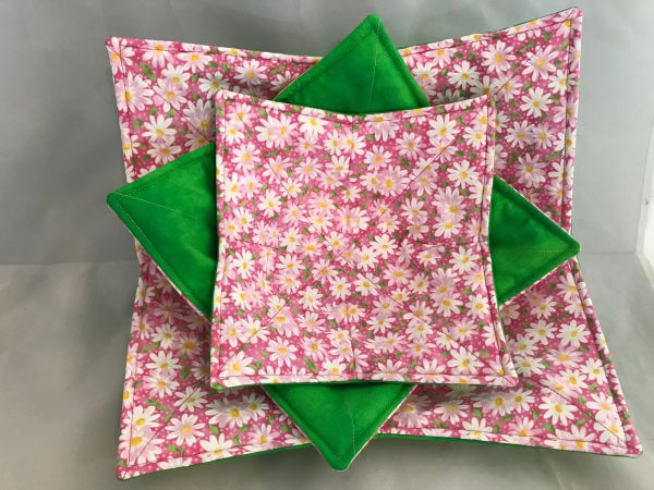 Microwaveable Bowl Cozy - Pink Daisy