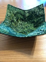 Microwaveable Bowl Cozy- Batik Green Leaves