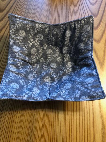Microwaveable Bowl - GREY FLORAL VINES