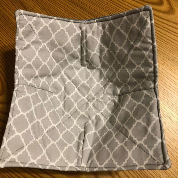 Microwaveable Bowl Cozy - Grey Lattice