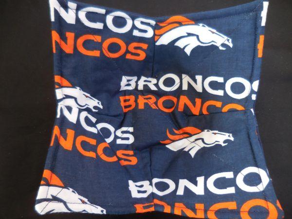 Microwaveable Bowl Cozy Broncos