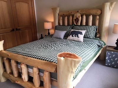 whistler log bed